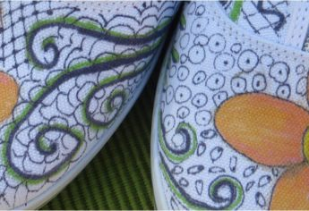 A Fun Summer Craft: Painted Shoes